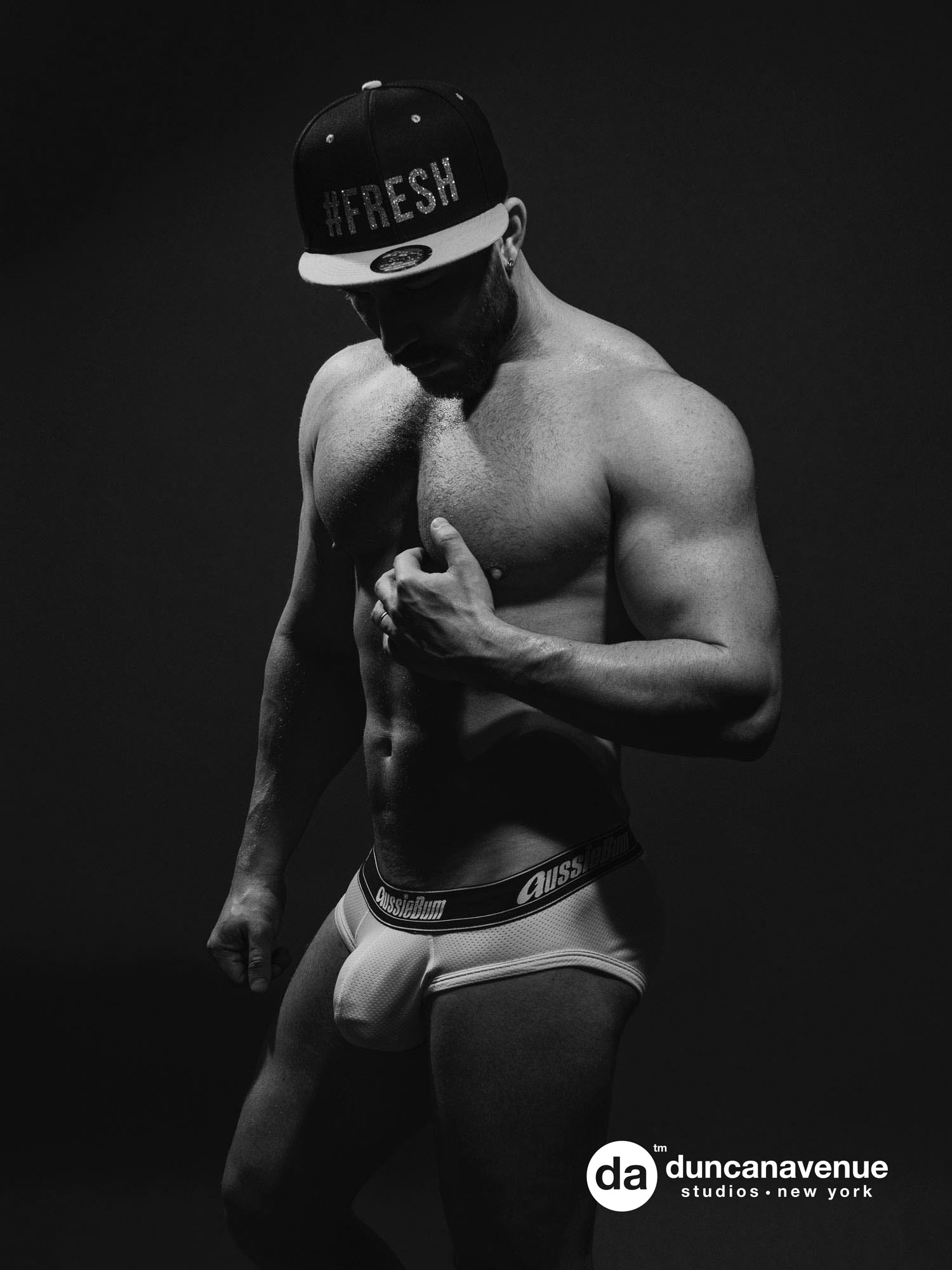 Professional Fitness Photography by Coach and Bodybuilding Photographer Maxwell Alexander – Best Gay OnlyFans Fitness Model