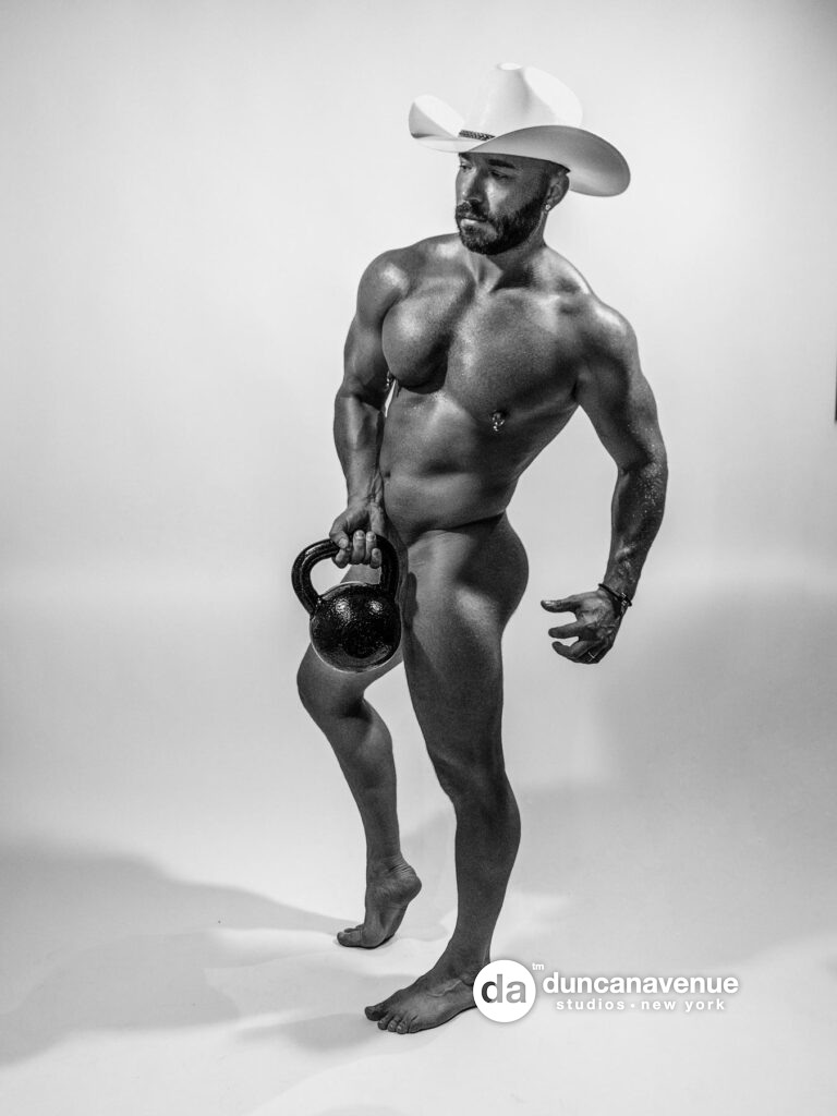 Male Bodybuilding – Gay Male Body Photography by Maxwell Alexander – Best Gay OnlyFans Fitness Model Maxwell Alexander